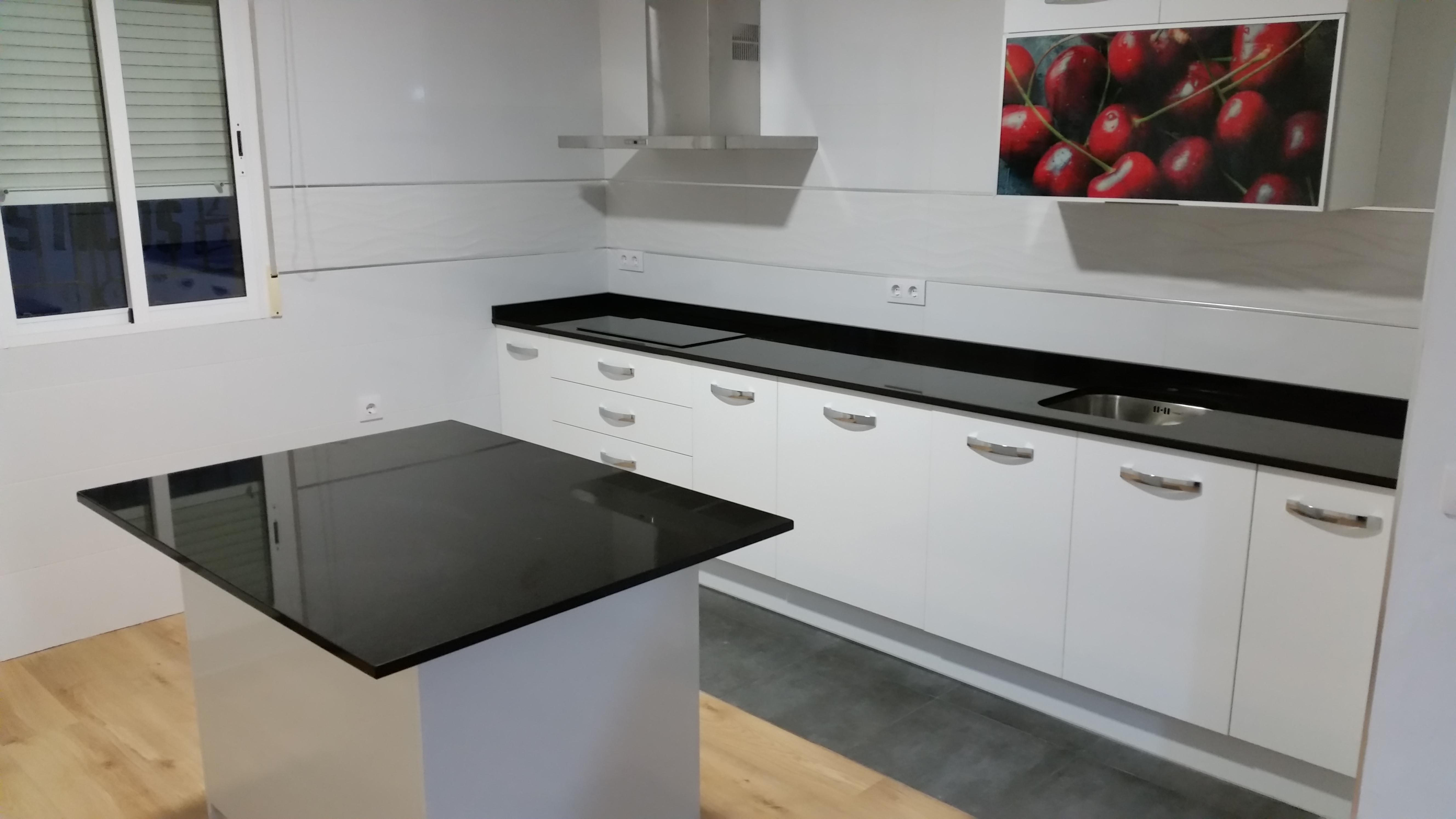 Encimeras de cocina m rmoles y granitos mart n for Granito o silestone para cocinas