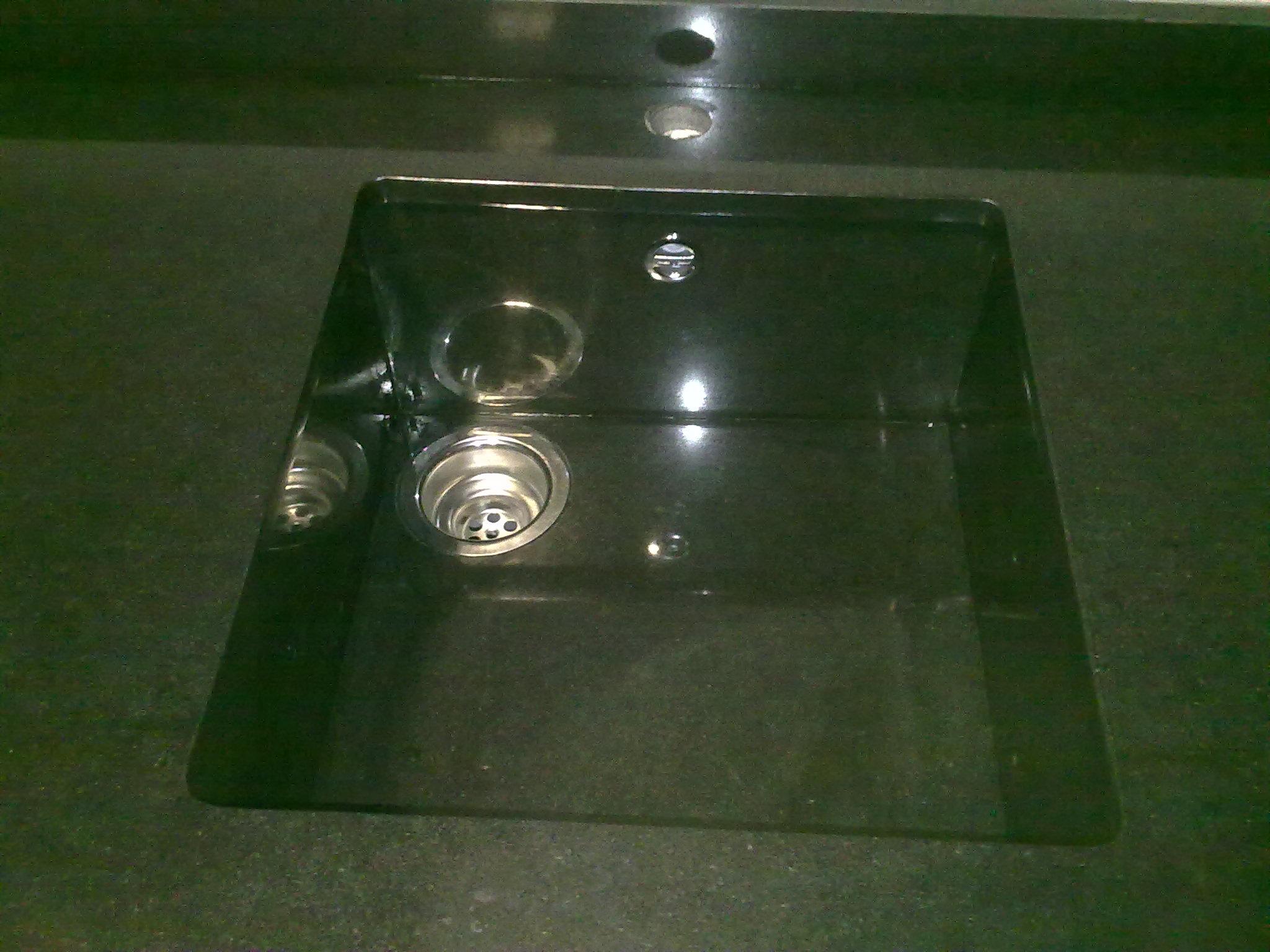 Acabados de fregaderos m rmoles y granitos mart n for Granito negro zimbawe