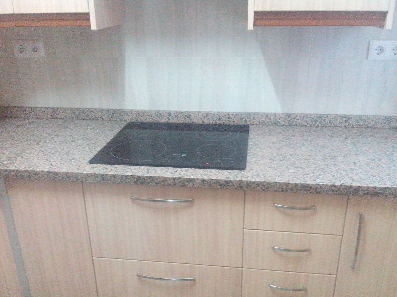 Encimeras de cocina m rmoles y granitos mart n for Granito rosa porrino