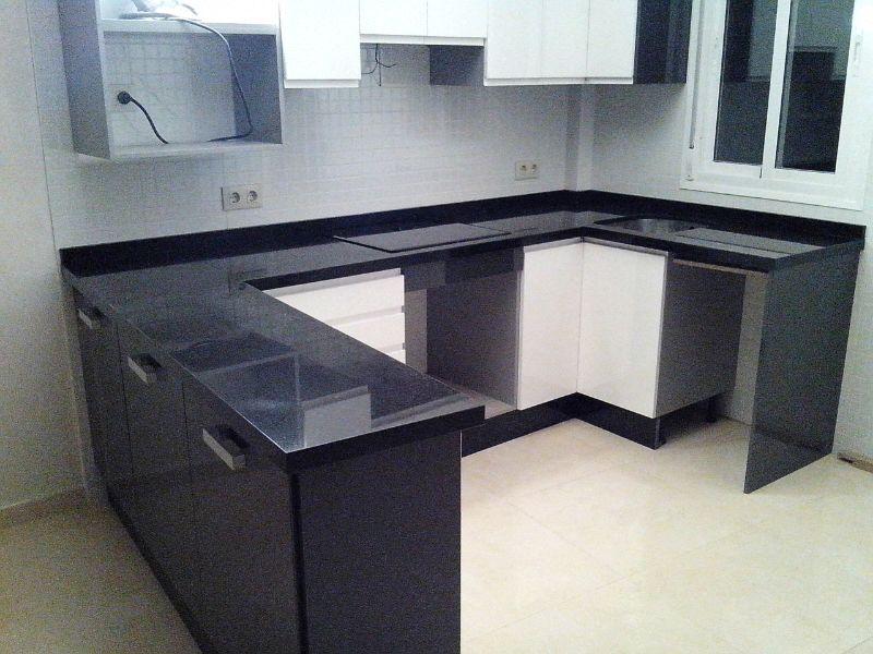 Encimera granito negro intenso fabulous oferta granito de for Granito negro intenso