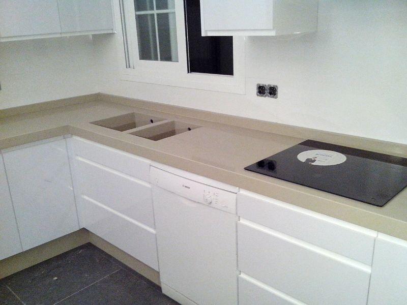 Encimeras de cocina m rmoles y granitos mart n for Fregaderos de granito para cocina
